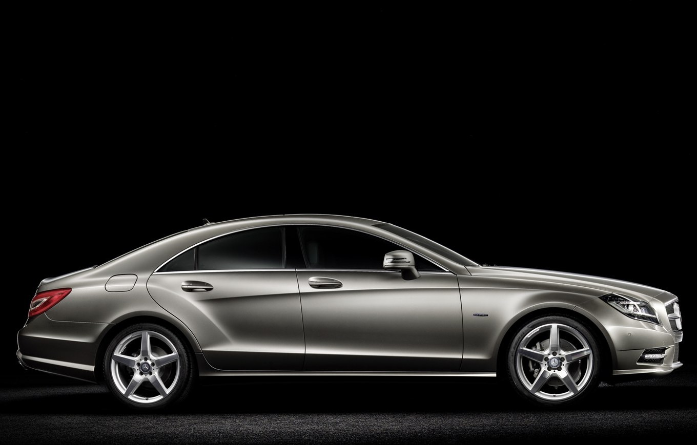 the new mercedes cls why why why why why ashest 39 s canvas. Black Bedroom Furniture Sets. Home Design Ideas
